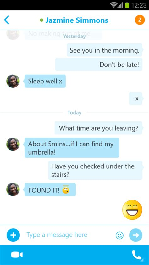 chat layout in android exle skype 5 3 brings chat bubble layout and oversized