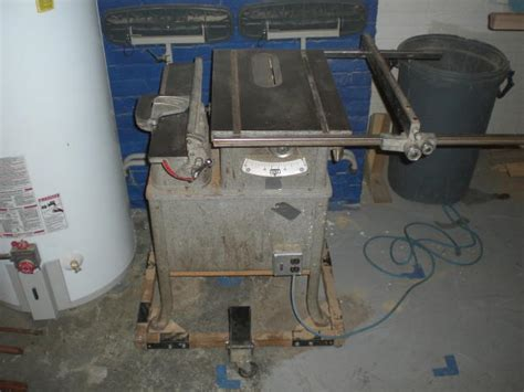 vintage delta rockwell table saw got me a vintage rockwell table saw tools equipment