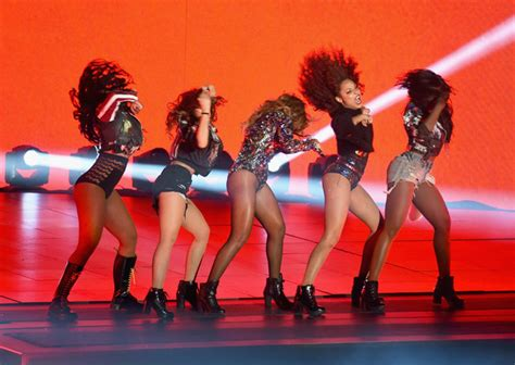 Mtv Cribs Beyonce by Beyonce Knowles In Mtv Awards Show Zimbio