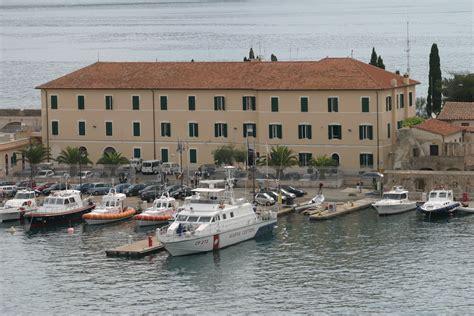 ufficio collocamento pavia capitaneria di porto genova 28 images il comandante