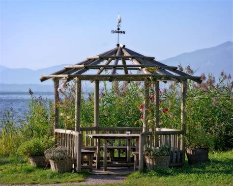 gazebo di legno per giardino gazebo in legno da giardino le autorizzazioni tecnowood