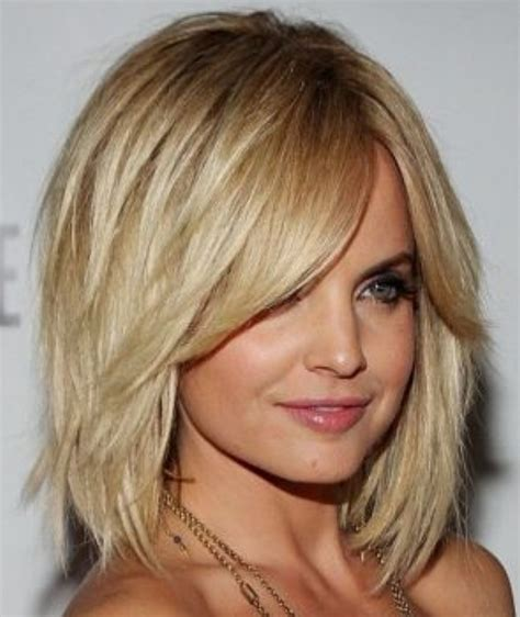 Bob Hairstyles For Thick Hair by 15 Best Hairstyles For Thick Hair Hairstyles Weekly