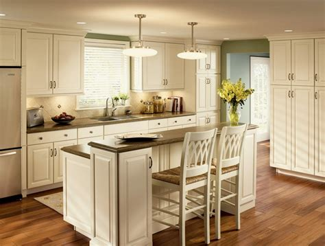Kitchen Island With Seating For 3 25 Best Ideas About Cove Molding On Cornice Moulding Ceiling Coving And Cove Lighting
