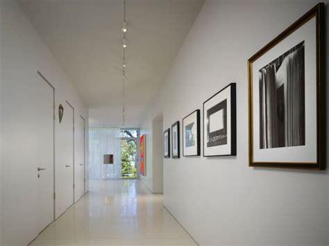 ways  enhance  beauty   hallway