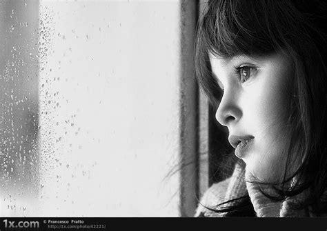 gambar orang lagi sedih termasuk muka wajah mata wanita dan ekspresi human expression