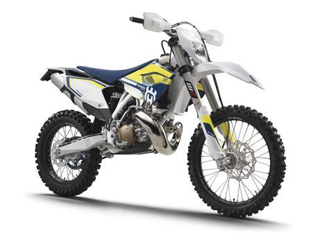 Ktm 300 2 Stroke Dirt Bike Magazine All About The Ktm 300 2 Stroke