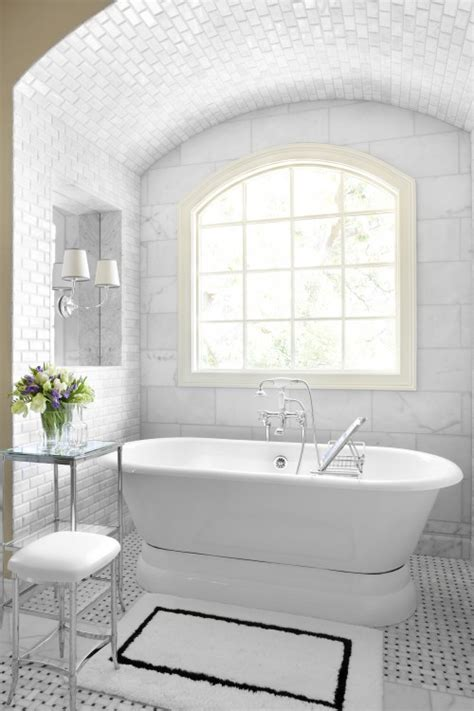 pretty tiles for bathroom to da loos 5 pretty pedestal soaker tub bathrooms