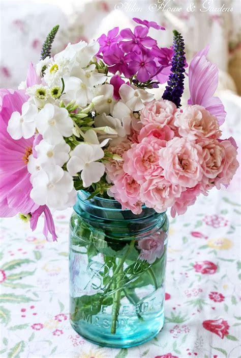 flower arrangements and romantic decor latest home ideas