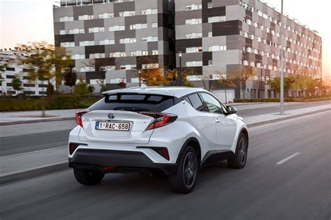Toyota Chr 2020 by 2020 Toyota Chr Facelift Release Date Redesign Best