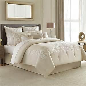 manor hill 174 verona comforter set in bed bath