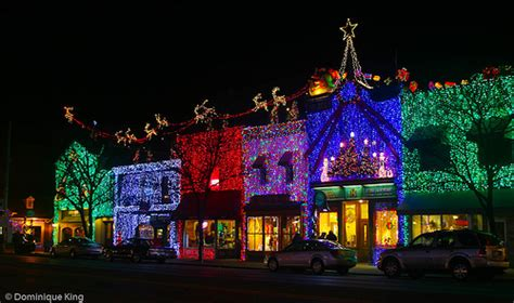 rochester michigan xmas lighting photo friday big bright light show in rochester mi midwest guest
