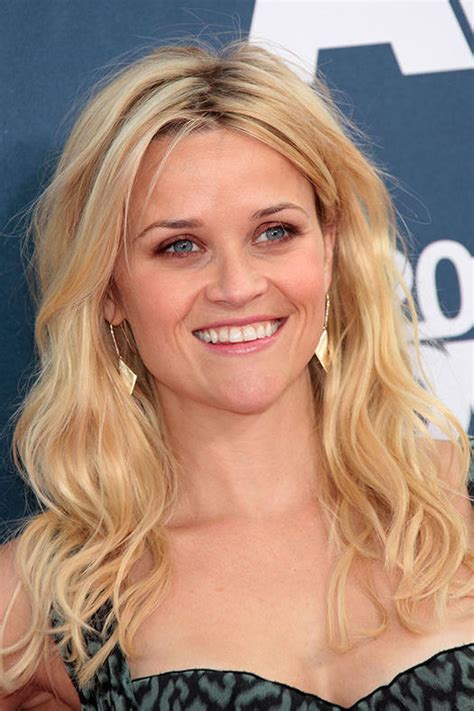 Reese Witherspoon Hairstyles by 16 Must Mimic Reese Witherspoon Hairstyles More