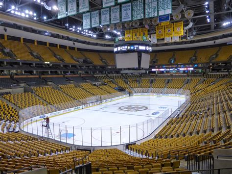 Boston Garden Hours by Sports Road Trips Toronto Maple Leafs 4 At Boston Bruins