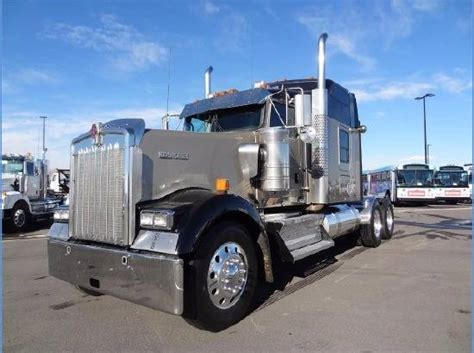 2011 kenworth w900 for sale 2011 kenworth w900 for sale 22 used trucks from 59 935