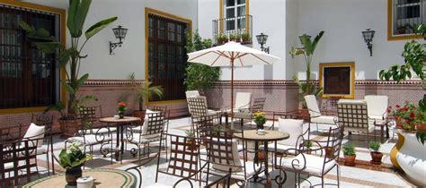 patio andaluz sevilla servicios hotel sevilla la r 225 bida vincci hoteles