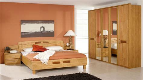schlafzimmer teilmassiv schlafzimmer erle teilmassiv 5 t 252 riger