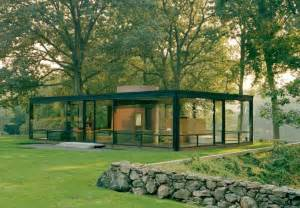 bus trip to the philip johnson glass house in new canaan