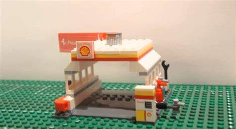 Lego Shell 40195 Shell Station 1 lego shell station pista di fiorano set 40195 build and play