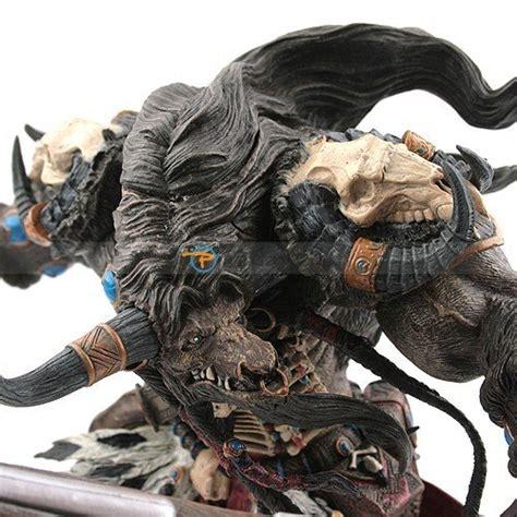 03844 Figure Warcraft Figure Korg Highmountain world of warcraft tauren korg highmountain figure