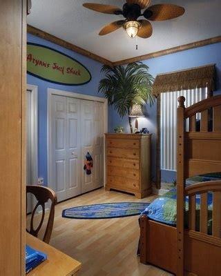 boy schlafzimmer dekorieren ideen die besten 25 boys surf room ideen auf surfer