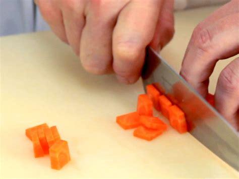 cucinare la verdura i tagli delle verdure e delle patate quali sono e come
