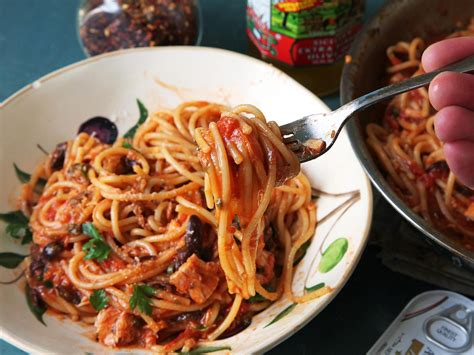 Fast Easy Dinner Spicy Eggplant Puttanesca by Make Dinner In 30 With These 17 Pasta Recipes