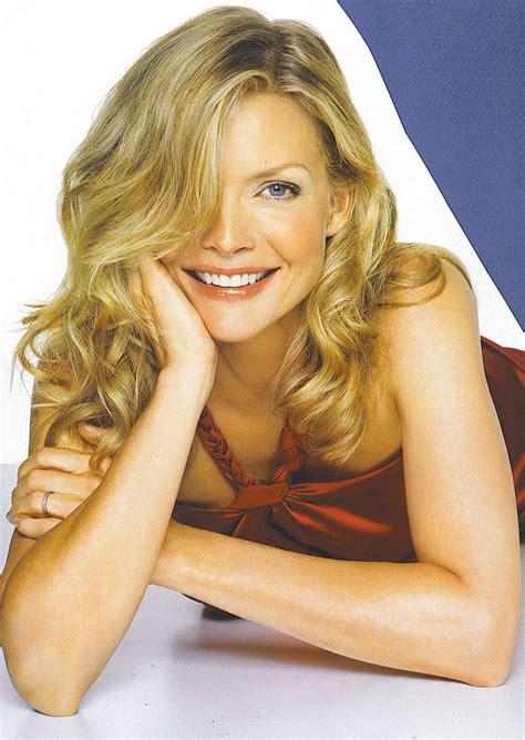 Tall Writing Desk Michelle Pfeiffer Images Michelle Pfeiffer Hd Wallpaper