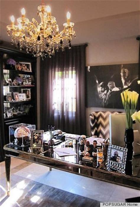 kris kardashian home decor khlo 233 kardashian s house is just as glamorous as she is