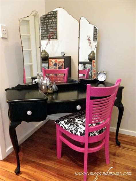 Guerriero Makeup Vanity by 32 Best Images About Dressing Tables Powder Rooms And