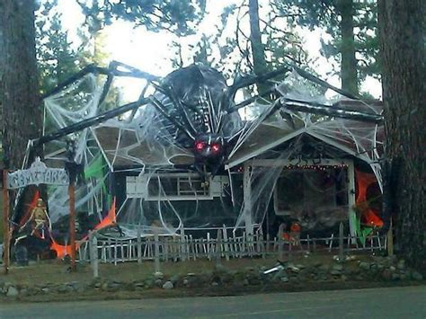 best decorated homes 31 of the best decorated halloween houses gallery