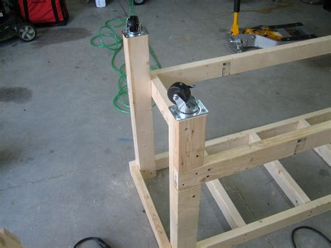 bench construction diy workbench casters woodproject