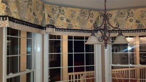 Custom Window Cornice Custom Cornice For Kitchen Bay Window Curtains