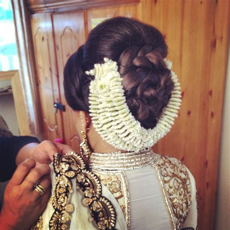 bridal hairstyles with gajra 36 best gajra images on pinterest bridal hairstyles