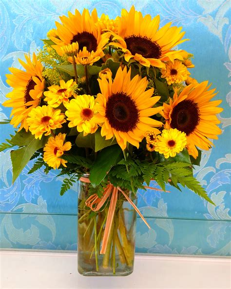 Sun Flower Overall 1 delightful sunflower vase bouquet in downey ca chita s floral designs