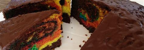 regenbogen kuchen kastenform kunterbunter regenbogen marmorkuchen mit lebensmittelfarben
