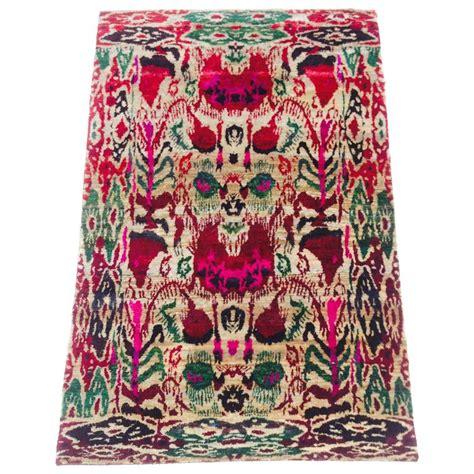sari rug vintage and vibrant india silk ikat quot sari quot rug for sale at 1stdibs