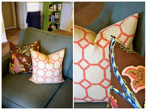 how to arrange pillows on couch how to arrange throw pillows house of jade interiors blog