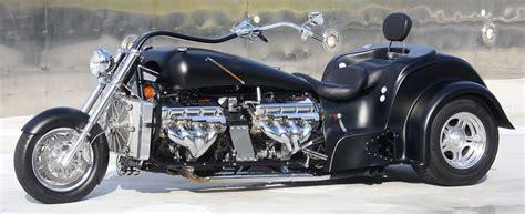 Boss Hoss Motorrad Vs Ferrari by V8 Twin Trike Boss Hoss Boss Hoss Bikes Pinterest