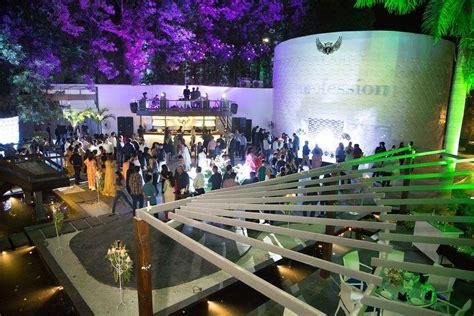 top  nightclubs  indore  party  crazy