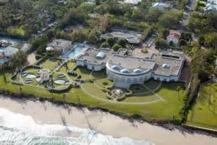 donald s house exclusive russian to level trump s 95 m palm beach house gossip extra
