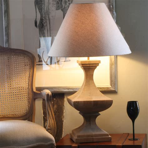 Livingroom Table Lamps by Tips For Buying Ceramic Table Lamps For Living Room
