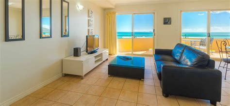 3 bedroom apartments airlie beach airlie beach holiday accommodation toscana village