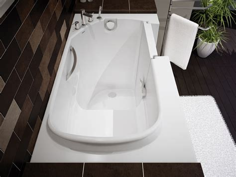 Walking Bathtub by Compact Walk In Bathtub By Maax Professional Digsdigs