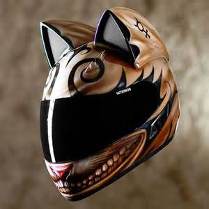 a helmet with cat ears for cat loving motorcyclists