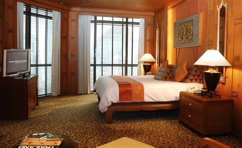 theme hotel master exotic thai cultured theme suites at plaza ath 233 n 233 e bangkok