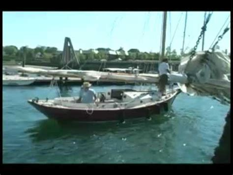 boat sloop definition sloop definition crossword dictionary