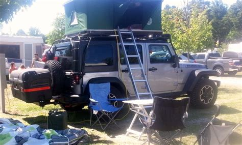 Jeep Rack Tent by Jeep Top Tent For The Roof Rack Of A Jeep Www Bigfoottents