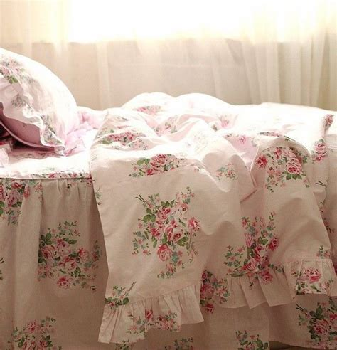 Pretty Comforters by 107 Best Images About Pretty Bedding Sets On Size Bedding Ruffle Duvet And