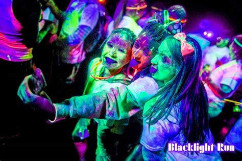 ge c 9 glow bright lights black light pixshark com images galleries with a bite