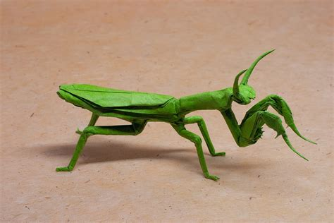 Origami Mantis - this week in origami low cost airline edition